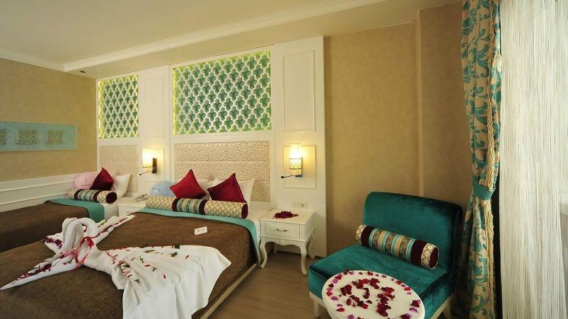 Adenya Otel